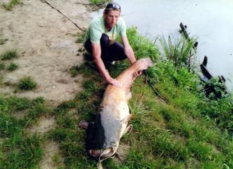 Dorn Ernő_harcsa 44kg-170cm_2013